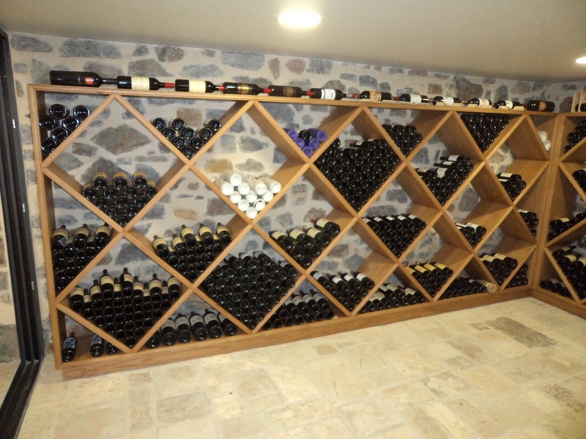 Galerie de photos for Cave a vin escalier